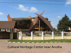 Photo: On the road toward the Serengeti the Cultural Heritage Center