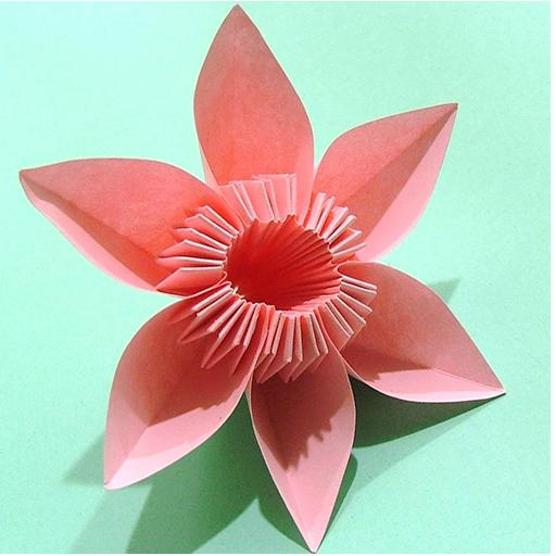 娱乐の꽃 종이 접기 LOGO-記事Game