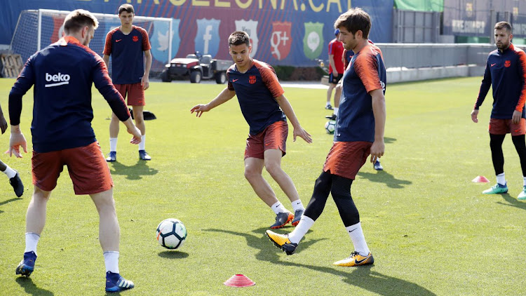 Recovery session for the first team at the Ciutat Esportiva along with Aleñá, R. de Galarreta and J. Cuenca.