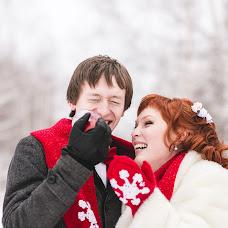 Wedding photographer Katerina Emelyanova (Katerdgina). Photo of 03.02.2014
