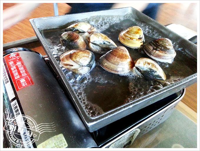 小紅食堂烤野生蛤蠣