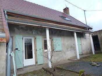 maison à Auxy (71)