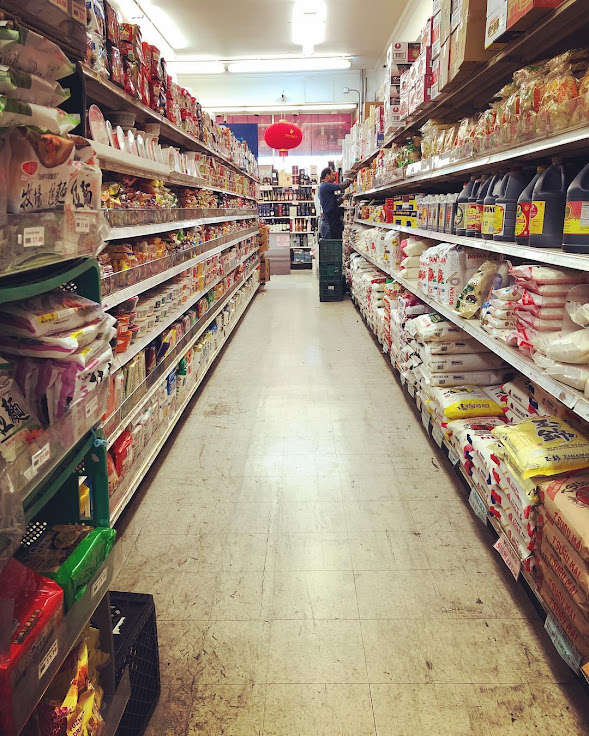 The aisles of the New May Wah Market. Photo: Courtney Nam.