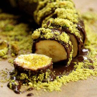Gluten-Free Vegan Chocolate Banana Sushi with Pistachios (Vegan, Gluten-Free, Dairy-Free, Soy-Free, Paleo-Friendly, No Refined Sugar).