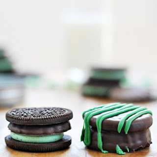 Thin Mint Stuffed Oreos + Thin Mint Printable