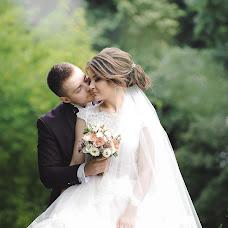 Wedding photographer Angelina Kameneva (FotKAM). Photo of 04.10.2018