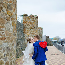 Wedding photographer Ekaterina Kuksova (katerina556). Photo of 13.05.2016