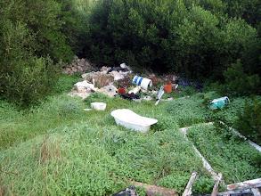 Photo: Abocador en una tanca al costat del Camí d'en Verd