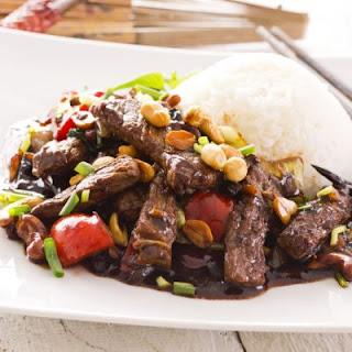 Chili Pepper Peanut Mongolian Beef