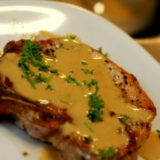 Pork Chops in Mustard Sauce (DASH Diet).