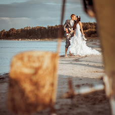 Wedding photographer Romuald Ignatev (IGNATJEV). Photo of 11.01.2015