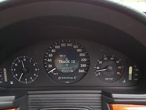 Eクラス ステーションワゴン W211のカスタム事例画像 たーやんさんの2020年06月04日21:57の投稿