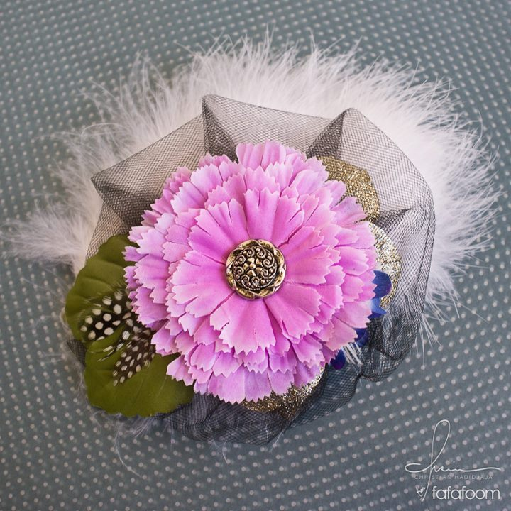 Flower Hair Pin with Feather and Tulle Accents - DIY Fashion Accessories | fafafoom.com