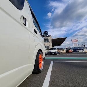 ハイエース TRH200V SUPER GL 2018年式のカスタム事例画像 keiji@黒バンパー愛好会さんの2020年11月30日14:31の投稿