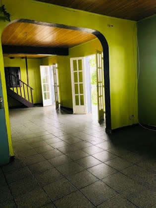 Vente maison 3 pièces 180 m2