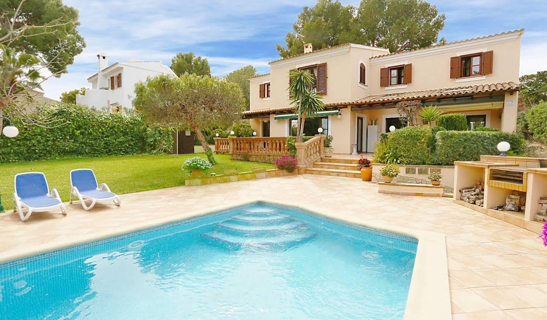 Maison avec piscine Rotes Velles