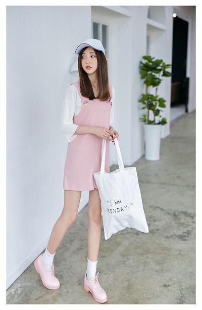 Váy hồng mang giày màu gì 2