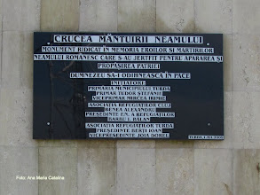 Photo: Crucea Mântuirii Neamului  Str. Marului  (2010.10.24) http://ana-maria-catalina.blogspot.ro/2013/06/turda-crucea-mantuirii-neamului.html