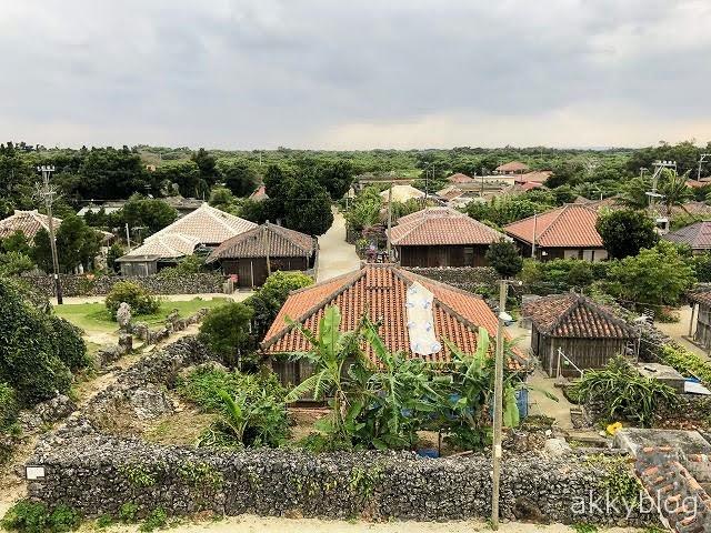 【沖縄の原風景】竹富島の魅力・見所を簡潔に紹介!