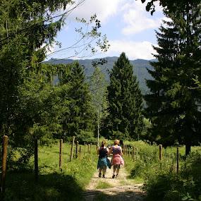 Wandern by Justus Böttcher - People Family