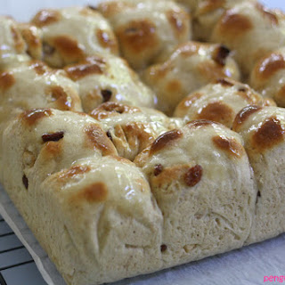 Easter Eatings – Hot Cross Buns and Fairtrade Chocolate