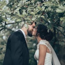 Wedding photographer Viktor Korneev (Viktore). Photo of 27.10.2015