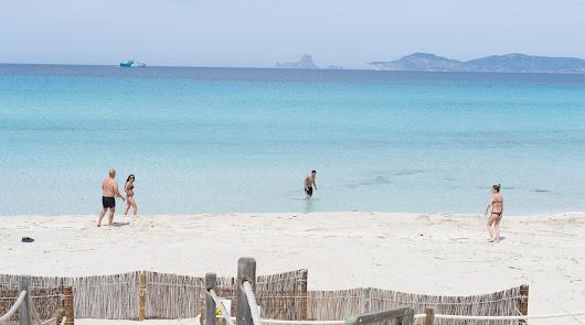 España avanza en la desescalada y cuatro islas ya verán la fase 3 el lunes