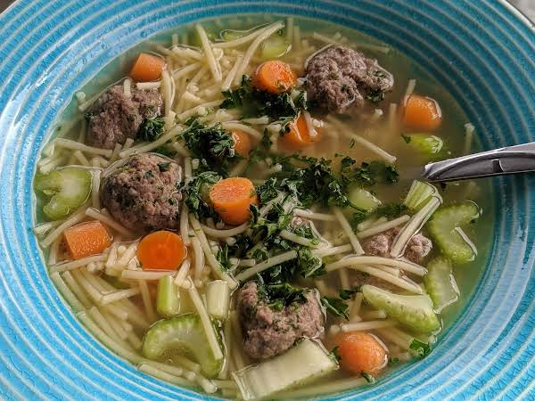 Dutch Soup With Tiny Meatballs
