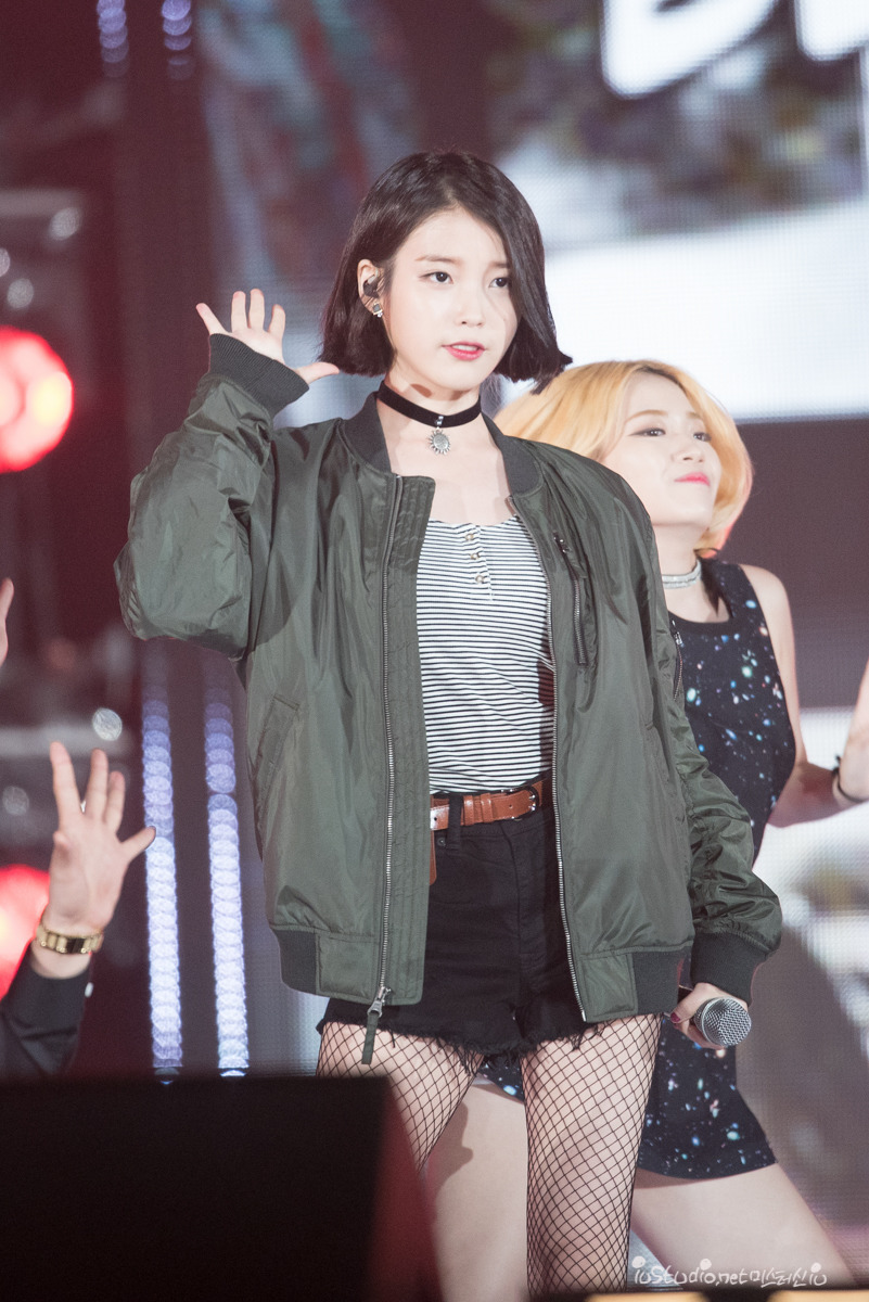 Top 10 Sexiest Outfits Of Iu