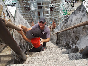 Photo: descente du Wat Arun- Bangkok