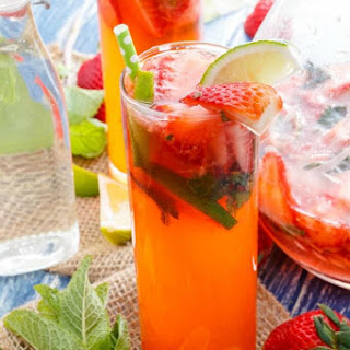Fresh Strawberry Mojitos Recipe