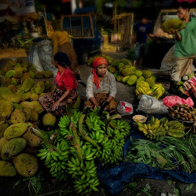 Traditional Market by Dian Anugrah - People Street & Candids ( banana, market, coconut, trade, street )