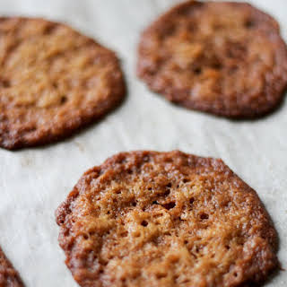 Thin and Crispy Coconut Cookies.