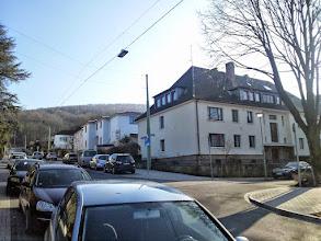 Photo: Statt einer Kreuzung gibt es hier bei der Dömbergstraße zwei Einmündungen!