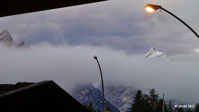 Photo: Neki vrh koji izviruje u blizini