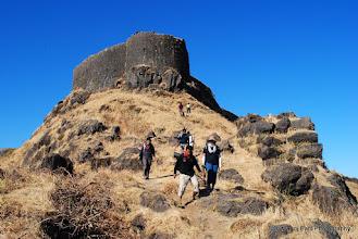 Photo: Moving towards Zunjar Machi on fort Torana