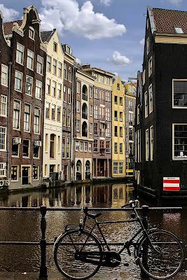 Amsterdam di LaMony