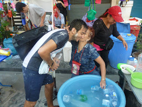 Photo: Přidává se k nám i Nižad (původem z Uzbekistánu), který pracuje pro OSN v Bangkoku.