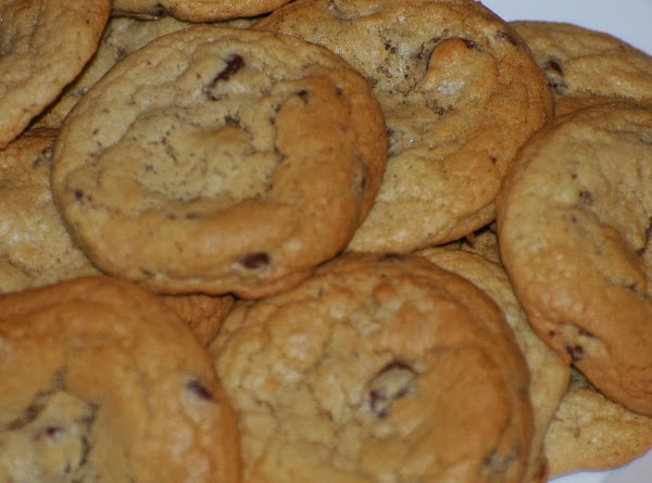 I use a medium ice cream scoop, place dough on cookie sheet and bake...