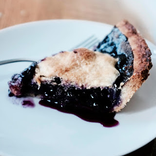 Stress-Free Blueberry Pie {Guest Post}