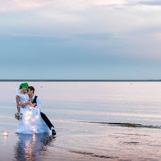 Wedding photographer Valeriy Frolov (Froloff). Photo of 16.11.2017