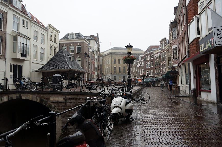 Utrecht, Holland in the rain (2014)