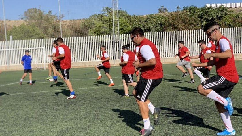 Los jugadores preparando su regreso a la fiesta del fútbol.