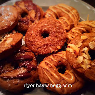 Pumpkin Spice Cake Doughnuts – 3 Weight Watchers Smart Points (2PPV) per serving.