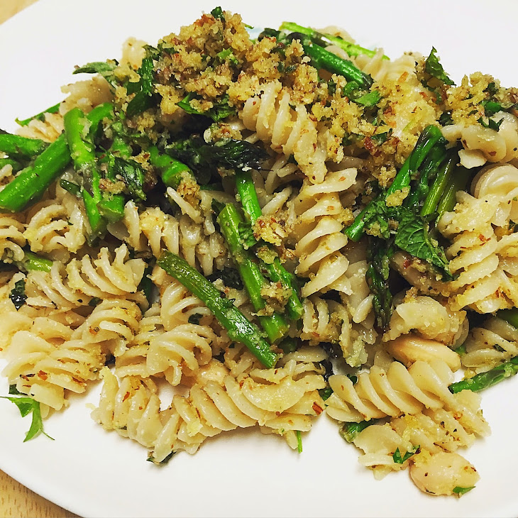Lemon & Asparagus Pasta with Olive Oil Crumble Recipe