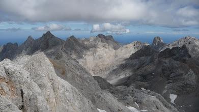 Photo: Paisaje desde la cima, desde Cabrones a la izquierda hasta el increíble Naranjo