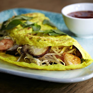 Bánh Xèo (Vietnamese Crêpes with Prawns and Pork Belly)