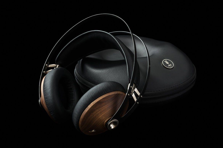 Meze 99 Classics Walnut Gold Wood Headphone