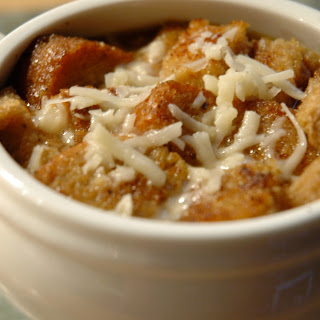 Easy Crockpot French Onion Soup.
