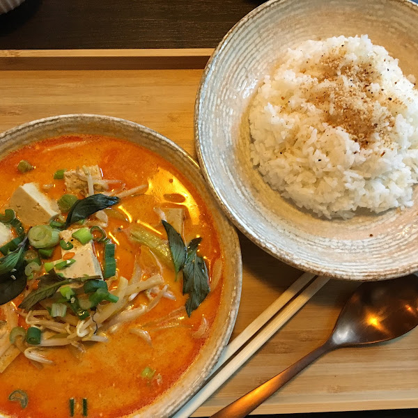 Gaeng Ped with a side of rice